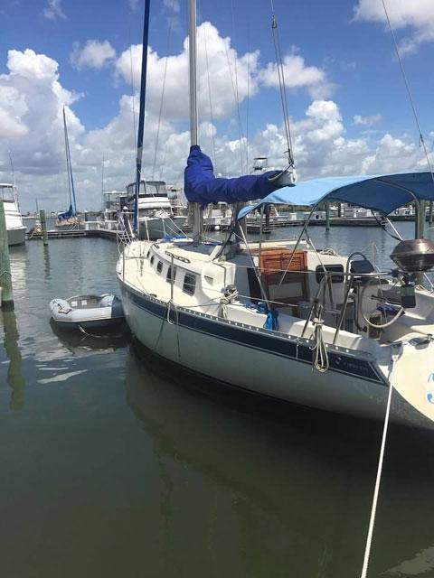 IRWIN 34' CITATION, 1983 sailboat