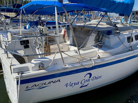 Laguna 30, 1986 sailboat
