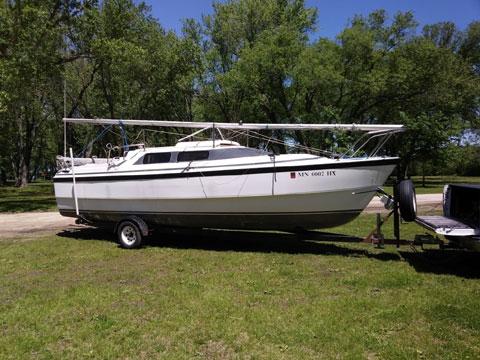 Macgregor 26X, 1999 sailboat
