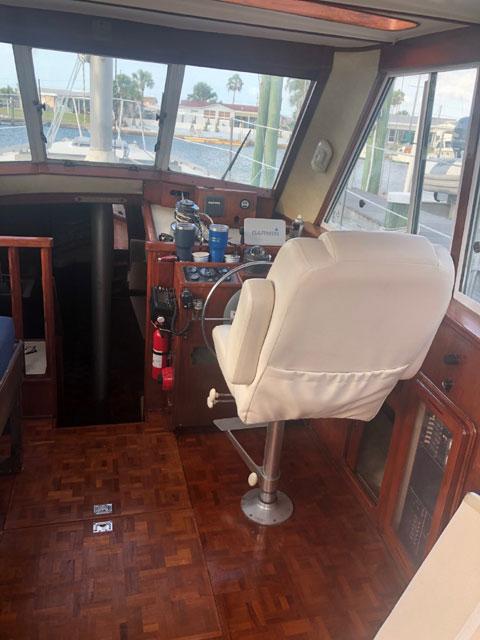 Morgan 33 Out Island Motorsailer, 1985 sailboat