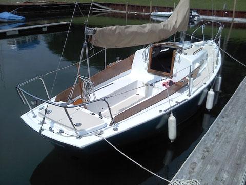 Pearson Commander, 1966 sailboat