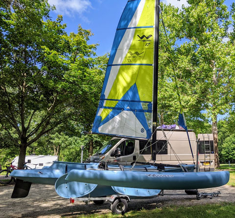 Windrider 17, 2002 sailboat