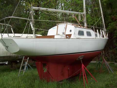 Bristol 27, 1973 sailboat
