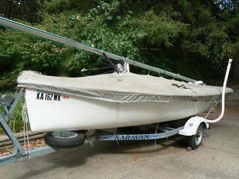 Catalina 16.5, 2001 sailboat