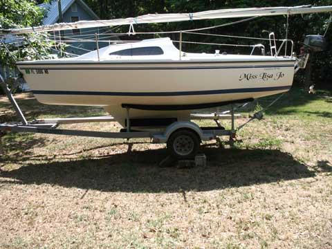 Catalina 18, MKII, 2005 sailboat