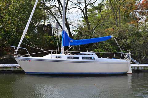 Catalina 25 Fin Keel, 1982, Stamford, Connecticut, sailboat