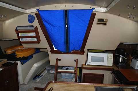 Catalina 30 Tall, 1982 sailboat