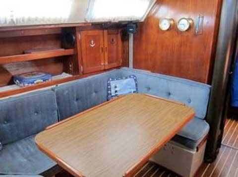 Catalina 38, 1981 sailboat