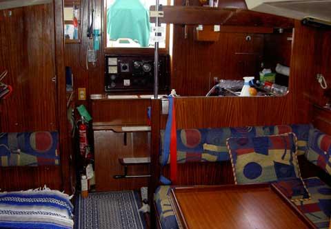 Dufour 35, 1981 sailboat