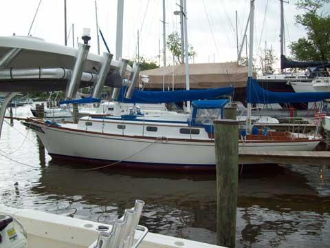 Fugi 35-foot Ketch, 1974 sailboat