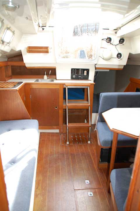 Track Loader For Sale >> Hunter 25.5, 1986, Louisville, Kentucky, sailboat for sale from Sailing Texas