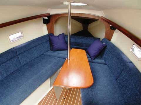 Hunter 27, 2006 sailboat