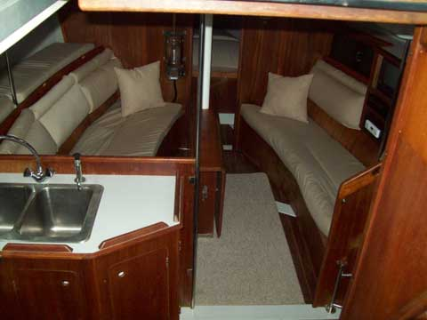 Hunter Legend 37, 1988 or 89 sailboat