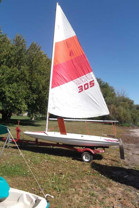 Johnson Mini-Scow, 1985 sailboat