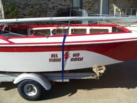 Lightning 19', 1972 sailboat
