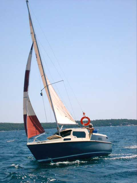 Luger 257PH Motor Sailer, 2004 sailboat