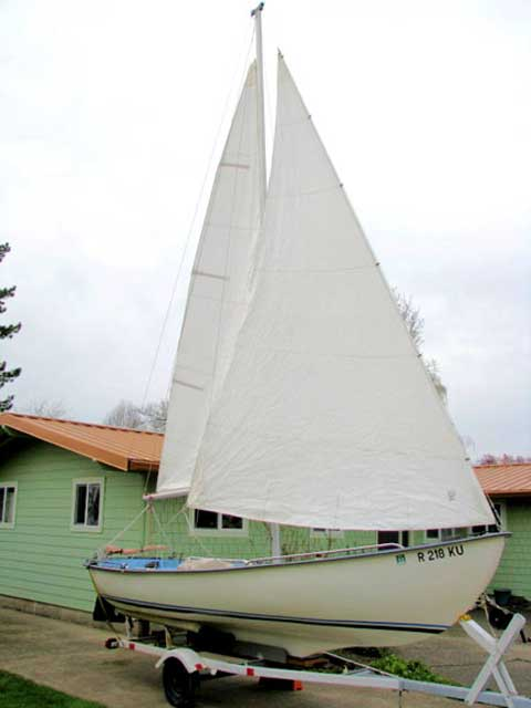 Malibu 18 sailboat
