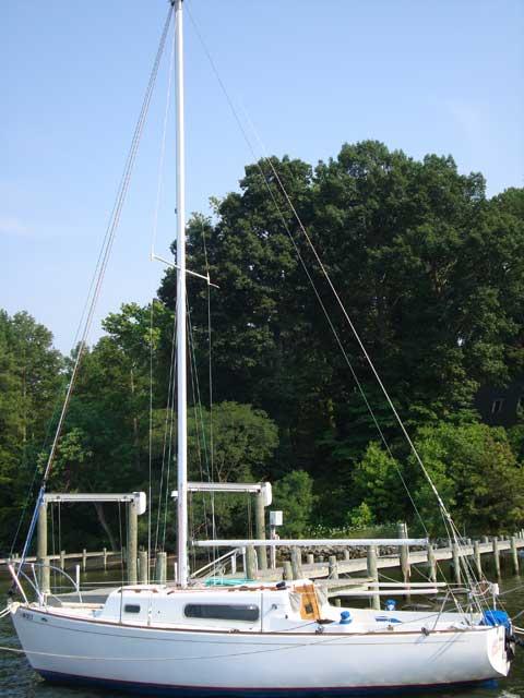 Morgan 24 Keel/Centerboard Sloop, 1968 sailboat