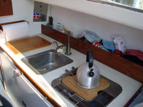 Morgan 24 Keel/Centerboard Sloop, 1968 sailboat