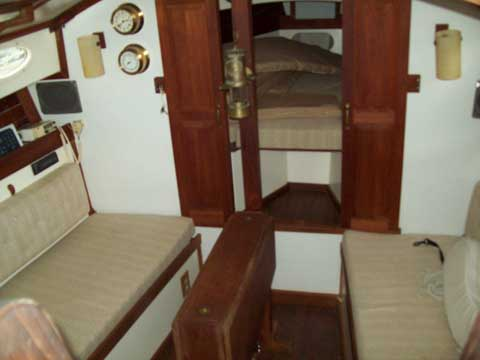 Legnos Mystic 30, 1979 sailboat