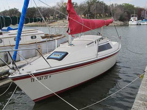 O'day 222, 1984 sailboat