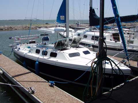 Rhodes 22, 1998 sailboat