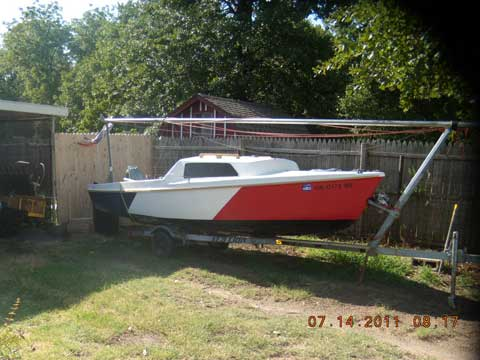 DS 16 Day sailor, 1974 sailboat