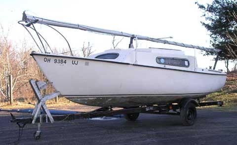 South Coast Seacraft 22, 1977 sailboat