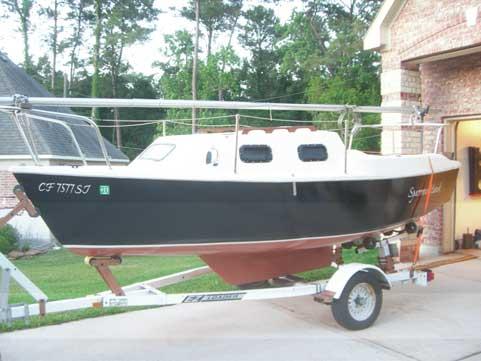 Sparrow 16, 1981 sailboat
