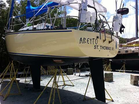 Velero 30', 1983 sailboat