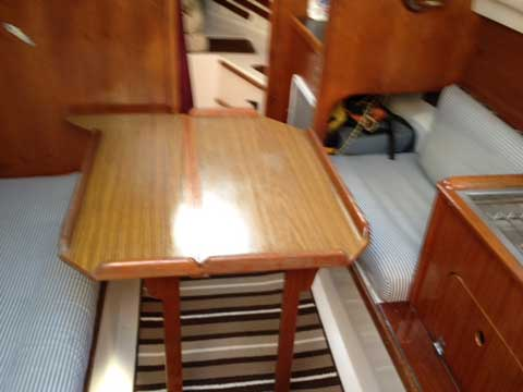 Bayfield 25, 1983 sailboat
