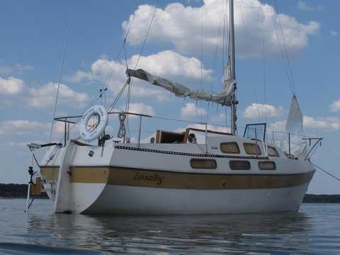 Bayliner Buccaneer, 1975, Columbia, Missouri sailboat