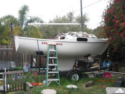 Cal 20', 1966 sailboat