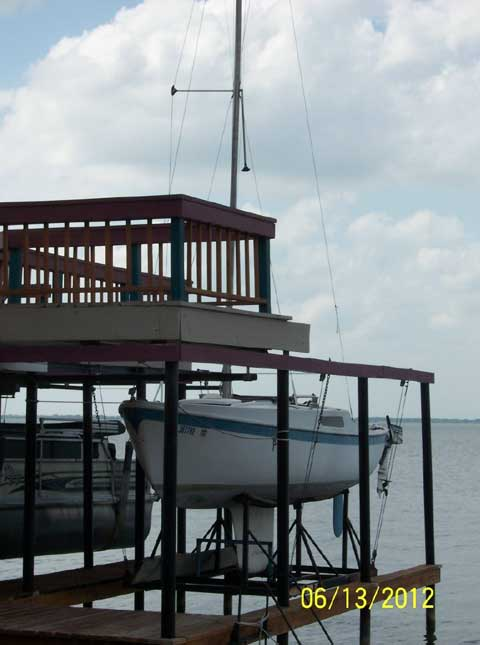 Cal 20, 1975 sailboat