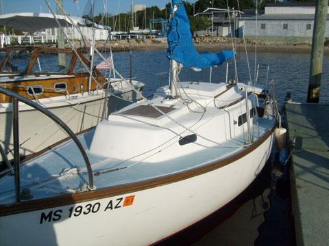 Cape Dory 25, 1975, Swansea, Massachusetts sailboat