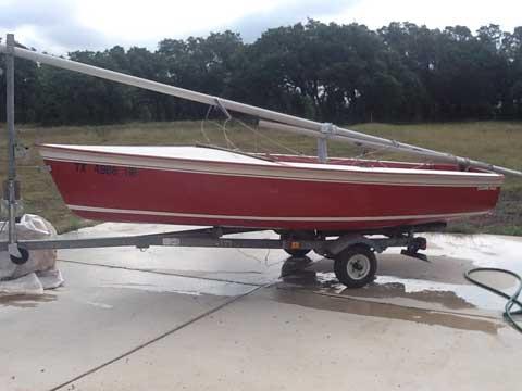 Catalina Capri 14.2, 1985, Spring Branch Texas sailboat