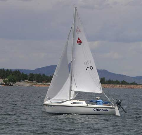 Catalina Capri 18, 1987 sailboat