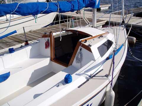 Catalina Capri 18, 1987 sailboat