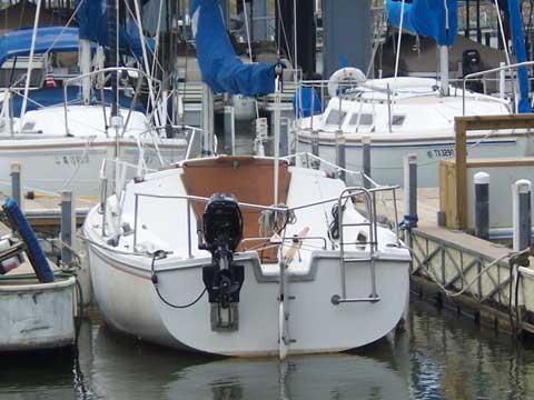 Catalina 22 swing keel, 1982 sailboat