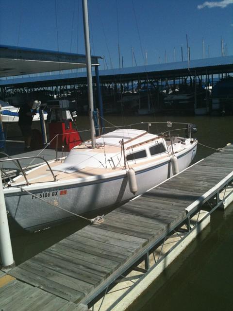 Catalina 22 swing keel, 1977, Garland, Texas sailboat