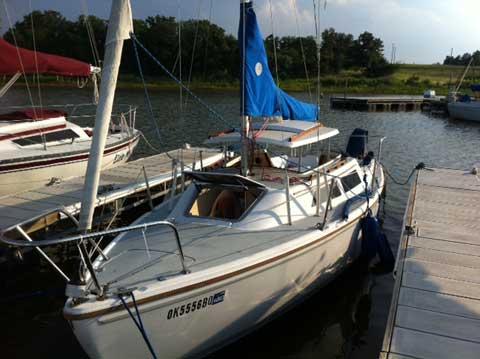 Catalina 22 Swing Keel, 1989, Oklahoma City, Oklahoma sailboat