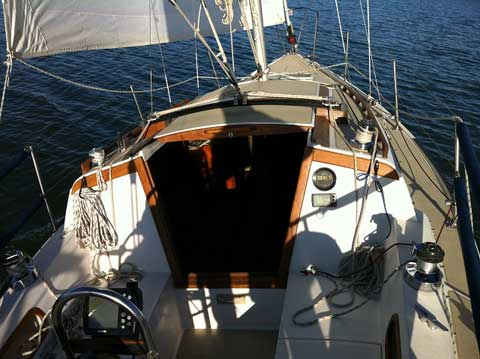 Catalina 27 Tall Rig, 1984 sailboat