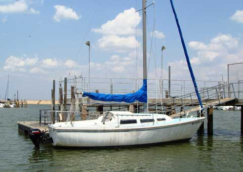 Catalina 27, 1975 sailboat