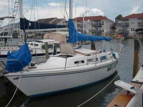 Catalina 27, 1977, North Padre Island, Corpus Christi, Texas sailboat