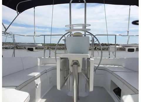 Catalina 350, 2005, Perry Lake Kansas, near Meridan, KS sailboat