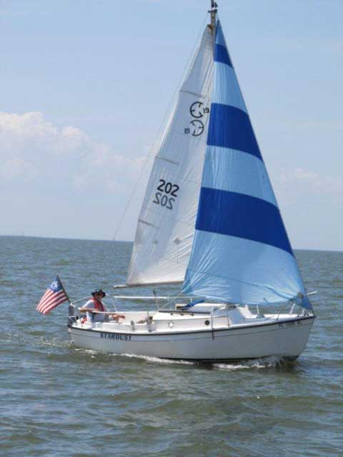 Com Pac 19, 1984, New Orleans, Lake Pontchartrain, Louisiana sailbaoat