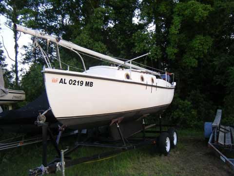Compac 23, 1979 sailboat