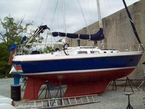 Contest 30, 1971 sailboat