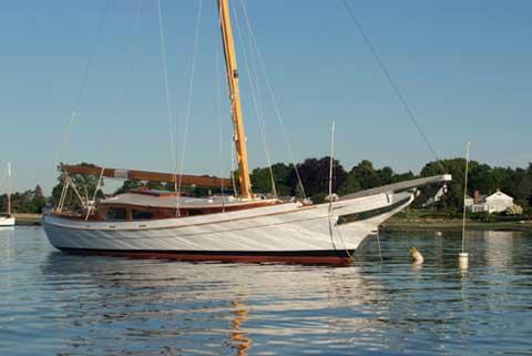 Edmund Cutts designed skipjack, 33ft., 1996, Greenwich, Connecticut sailboat