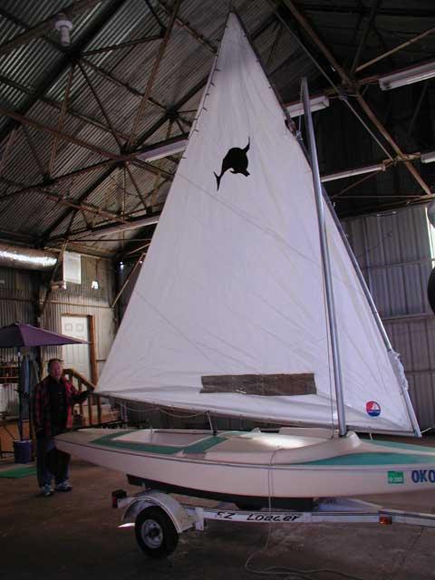 Dolphin Sr., Pre 1973 sailboat